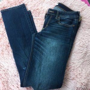 🌸HOLLISTER🌸 blue distressed jeans size 7